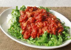 【お一人様ランチに】家にあるダブル缶詰で「濃厚トマト丼」ができた!