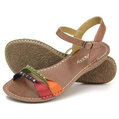 Outstanding Shoes Makes All Fall Fresh Look. Lovely Colors and Shape. 47 Fashionable Shoes To Update You Wardrobe – Outstanding Shoes Makes All Fall Fresh Look. Lovely Colors and Shape. Sandals Outfit, Cute Sandals, Cute Shoes, Me Too Shoes, Shoes Sandals, Latest Shoe Trends, Comfy Shoes, Beautiful Shoes, Summer Shoes