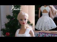 Top a crochet para barbie Crochet Diy, Easy Crochet Projects, Easy Crochet Patterns, Crochet Dolls, Crochet Barbie Clothes, Doll Clothes, Barbie Patterns, Crochet Videos, Barbie And Ken