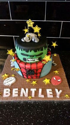 Birthdaycake Boys Hulk Spiderman Cake