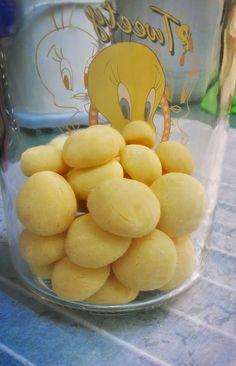Mrs Lim の Kitchen Paradise: Eggyolk Biscuit♥蛋黃小餅乾