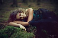 #makeup #makeupbyme more on https://www.facebook.com/ joanna.manicka.makeup #fashion #purple #photo #photoshoot #photographer @emiliikate Emilia Sokalska #model #girl #forest #wizazystka #wizaż #makijaz #MUA #makeupartist
