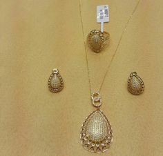 so beautiful. Pendant Design, Pendant Set, Diamond Pendant, Gold Pendant, Diamond Jewelry, Pendant Necklace, To My Daughter, Daughters, Jewelry Design