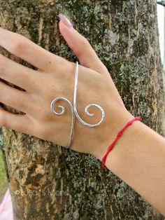 Palm Bracelet Silver Palm Bracelets Swirls Jewelry by LoLasMonili, $7.00
