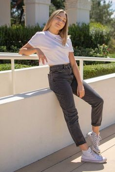 Cute Casual Outfits, Simple Outfits, Summer Outfits, Girl Outfits, Fashion Outfits, Cheap Fashion, Fashion Fashion, Foto Casual, Girl Photography Poses