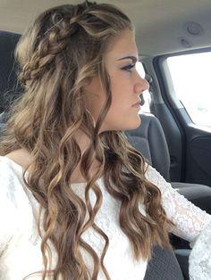 Homecoming hair hair styles homecoming, cute hairstyles for homecoming, braided homecoming hairstyles, prom Easy Homecoming Hairstyles, Formal Hairstyles For Long Hair, Diy Hairstyles, Natural Hairstyles, Hairstyles For Dances, Hair For Homecoming, Hairstyles 2018, Hairstyle Ideas, Cute Hairstyles For Teens