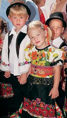 children in Hungary with traditional wears Kids Around The World, We Are The World, People Around The World, Around The Worlds, Precious Children, Beautiful Children, Folklore, Beautiful World, Beautiful People