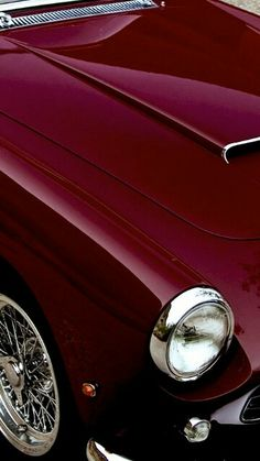 50th Anniversary .2002 - 2004 .the Classic Thunderbird in Merlot