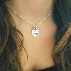 Colgante collar Corazon AUDREY, en plata de ley grabado láser  diseño T.  #joyasquehablandeti