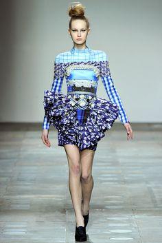 Mary Katrantzou Fall 2012 Ready to Wear