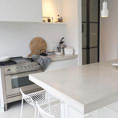 goedemorgen! #fijne #dag #vandaag! #studioww #kitchen #work #styling #workingathome #morning #zuiver #karwei