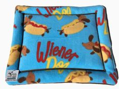 Dachshund Bed, Weenie Dog Bed, Crate Cover, Kennel Bed, Dachshund Fabric, Dog Crate Pad, Doxie Dog Bed, Wiener Dog Fabric, Dachshund Gifts #WeenieDogBed #DogCratePad #DirectorChair #DogKennelBed #KennelBed #CouchCushion #CrateCover #DoxieDogBed #DachshundFabric #DachshundBed