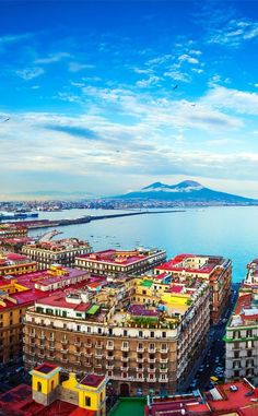 beautiful view of Naples and Mount Vesuvius | 10 Amazing Places in Italy You Need To Visit