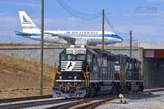 Charlotte/Douglas International Airport by Norfolk Southern, via Flickr