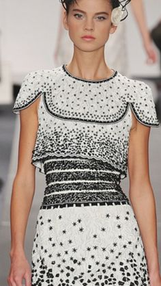 loulouvon:  Chanel Spring 2009 couture, fashion and details