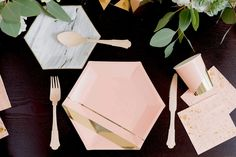 *This product is currently sold out. The new expected arrival date is 7/30/2016. Inset with gold stripes on elegant hexagon, make your guests blush while you sh