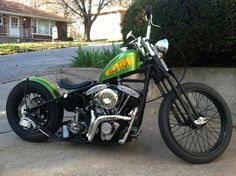 Old Classic Harley-Davidson Motorcycles Classic Harley Davidson, Harley Davidson Chopper, Harley Davidson Motorcycles, Custom Motorcycles, Custom Choppers, Custom Bikes, Bobber Bikes, Bobber Motorcycle, Cruiser Motorcycle