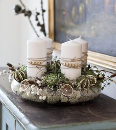 A wonderful Advent wreath alternative, Trädgårdsflow: Jul Christmas Signs Wood, Christmas Candles, Modern Christmas, Rustic Christmas, Christmas Wreaths, Christmas Crafts, Advent Candles, Advent Wreath, Diy Weihnachten