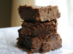 PALEO Fudgy Brownies- Substitute honey for sugar to make it paleo