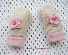 fleece mitten pattern | How to sew fleece mittens, fleece mittens pattern
