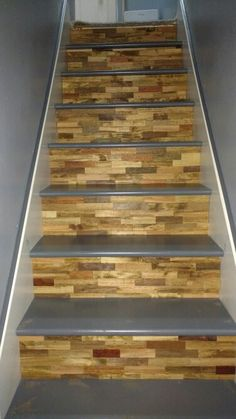 Pallet Stairs, Pallet Floors, Basement Stairs, Metal Barn Homes, Metal Building Homes, Pole Barn Homes, Wood Staircase, Wooden Stairs, Hardwood Stairs