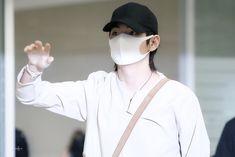180523 | Incheon Airport #BTS #V #Kim Taehyung