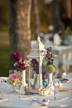 Vintage Lantern Centerpiece - Steve Lee Photography - Weddings