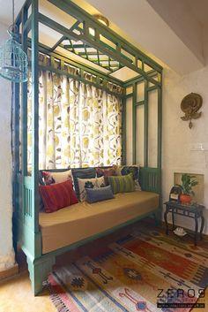 daybed:  Balconies, verandas & terraces  by ZERO9