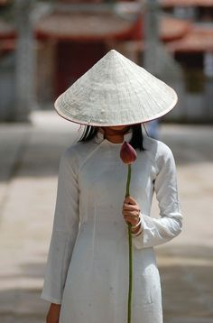 #A hidden face - vietnam - http://vacationtravelogue.com Guaranteed Best price and availability on Hotels