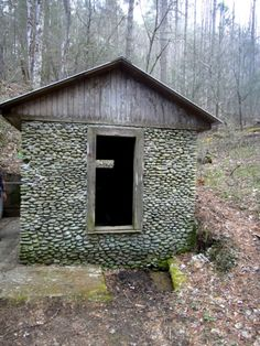 Root Cellars And Spring Houses & 163 best root cellars and spring houses images on Pinterest | Root ...