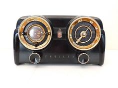 VINTAGE-RARE-COLOR-OLD-CROSLEY-MID-CENTURY-BAKELITE-DASHBOARD-RADIO-PLAYS-GREAT