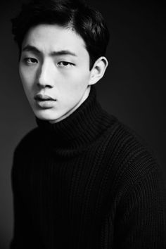 """Ji Soo is the latestactor to join the star-studded cast of the upcoming SBS drama """"Doctors."""" His agency confirmed the casting newsonApril 6, and revealed thatJi Soo will play Park Shin Hye's first love in thenew Monday-Tuesday drama. This means that hewilljoin a new project..."""
