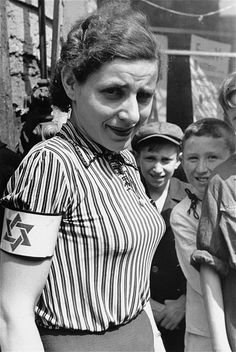 Forbidden Photographs of the Warsaw Ghetto Best of Web Shrine