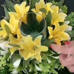 World of Flowers Faux Flowers, Diy Flowers, Paper Flowers, Deco Floral, Arte Floral, Creative Flower Arrangements, Floral Arrangements, Diy Wedding Decorations, Flower Decorations
