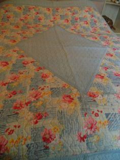 durham quilt Antique vintage hand made BLUE and floral!!!