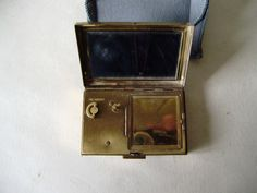 Vintage Japan Musical Powder mirror Compact gold plated Vanity/Perfume/ Grooming