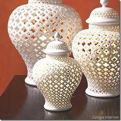 jarrón vase blanco white decoración decoration estampados patterns quatrefoil diseño design miraquechulo