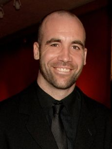 Rory McCann, yep that's The Hound!  He is a scrumptious piece of Highlander Shortbread... lolol.. and then some. What an amazing actor.. He deserves an Emmy for his performance on GoT. Gravedigger!!! Sandor Clegane lives.
