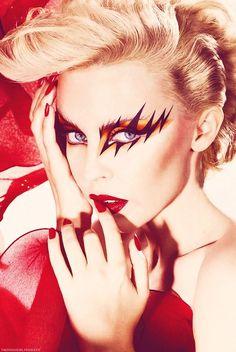 Kylie Minogue - April 29th, 2014