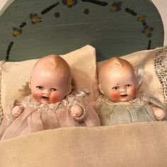 2 Antique Bisque Jointed Baby Dolls 3 inches With Handcrafted Accessories Tiny Dolls, Old Dolls, Antique Dolls, Vintage Dolls, Dolls Prams, Doll Display, Bisque Doll, Barbie Collection, Doll Face