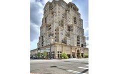 LIVE in the Golden Triangle / The Prado's Best Floorplan