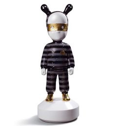 01007897  THE GUEST BY ROLITO - BIG   Issue Year: 2014   Size: 52x19 cm  Base included      Limited Edition 250 pieces