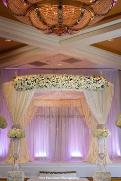 Suhaag Garden, Jewish Wedding Tampa, Fabric Marriott Tampa Airport, Fabric Mandap