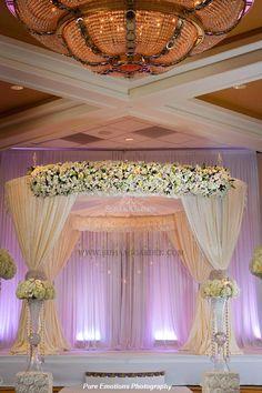 Suhaag Garden, Jewish Wedding Tampa, Fabric Marriott Tampa Airport, Fabric Mandap