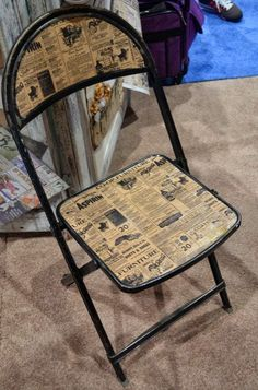 decoupage a folding chair with old newspapers or sheet music for a great colour combination. Decoupage Furniture, Upcycled Furniture, Furniture Making, Painted Furniture, Diy Furniture, Folding Chair Makeover, Eames Chairs, Room Chairs, Repurposed Items