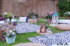 Chill_out_boho_chic_alquiler_boda_las_tres_sillas_portada Chill, Outdoor Furniture Sets, Outdoor Decor, Wedding Planner, Exterior, Patio, Boho Chic, Home Decor, Sheds