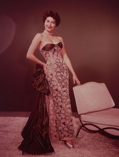 Find high-quality images, photos, and animated GIFS with Bing Images Golden Age Of Hollywood, Vintage Hollywood, Strapless Dress Formal, Formal Dresses, Ava Gardner, Famous Women, Best Actress, High Quality Images, Most Beautiful Women