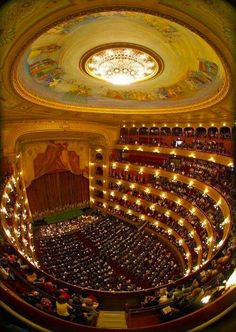 Teatro Colón, Buenos Aires, Argentina - acoustically one of the top five theatres in the world for concerts Historical Architecture, Amazing Architecture, Argentine Buenos Aires, Beautiful World, Beautiful Places, Argentina Travel, Theater, Montevideo, Concert Hall