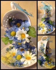 """Los arreglos de flores estilo """"taza derramada"""" son bonitos, novedosos y muy fáciles de hacer. Puedes usarlos como un lindo obsequio o como ..."""