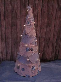 deschanas time out: Styroporkegel- Weihnachtsbaum